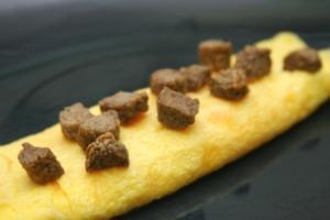 Sausage and Egg Omelet (P) with Pork sausage (P)