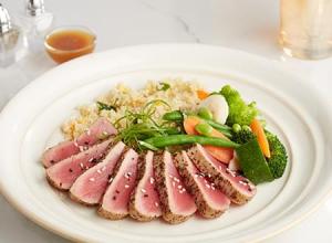 KETO:  Seared Ahi Tuna with Asian Blend