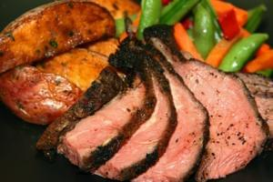 Sliced Flank Steak (P) with Spinach (P)