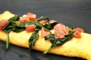 Spinach & Prosciutto Omelet (P) with Pork Bacon (P)