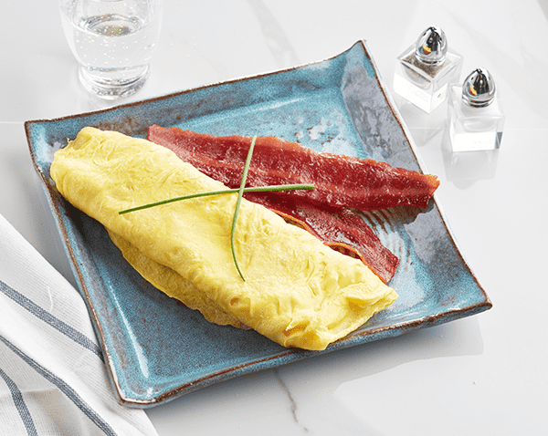 Keto: Whole Egg Omelet with Bacon with NO SAUCE with Turkey Bacon