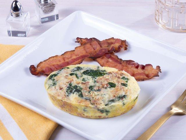Keto: Spinach Egg and Bacon Frittata with NO SAUCE with Turkey Bacon