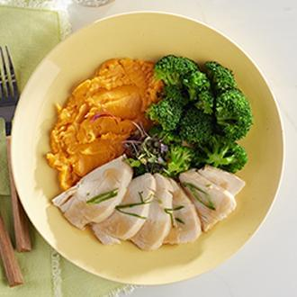 Sliced Roast Turkey Breast with Natural Gravy with Herbed Brown Rice with Dried Cranberries with Broccoli